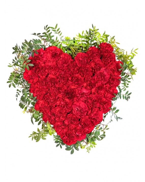 Centro de claveles con forma de corazón